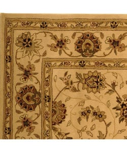 Safavieh Handmade Traditions Isfahan Ivory Wool and Silk Rug (6' x 9') - Thumbnail 2