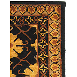 Safavieh Handmade Classic Agra Green/ Apricot Wool Runner (2'3 x 10') - Thumbnail 2