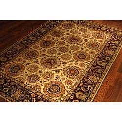 Safavieh Handmade Legacy Beige/ Burgundy Wool and Silk Rug (6' x 9') - Thumbnail 2