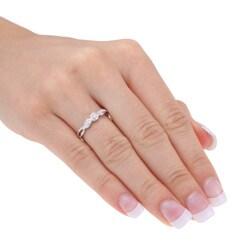 Miadora 10k White Gold Diamond Three-stone Twist Ring - Thumbnail 2