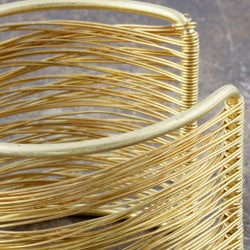 Thumbnail 3, Goldtone Brass and Wire Cuff Bracelet (India). Changes active main hero.