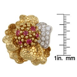 18k Gold 1 2/5ct TDW Diamond and Ruby Floral Estate Ring (G, SI2) (Size 6.5)