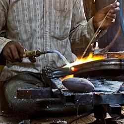 Set of 2 Steel Stacking Barstools (India) - Thumbnail 2