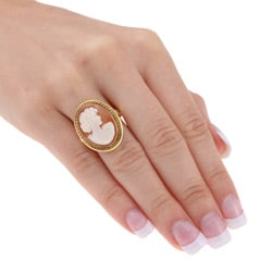 18k Yellow Gold Shell Cameo Estate Ring