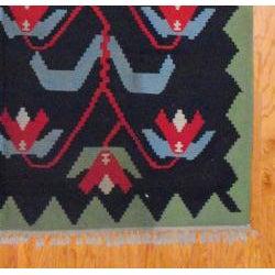 Thumbnail 3, Indo Hand-Woven Kilim Black and Green Wool Rug (7'2 x 10'10). Changes active main hero.