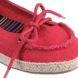 Journee Collection Women's 'Singing' Slip-on Boat Shoes - Thumbnail 2
