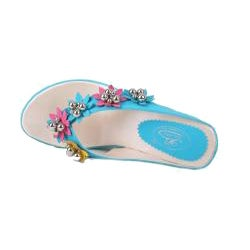 Bolaro by Beston Women's Turquoise Flower Wedged Thong Sandals - Thumbnail 2
