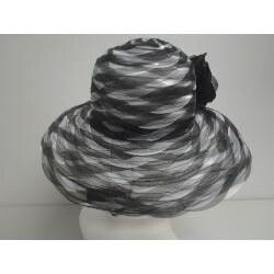 Swan Women's Black/ White Braided Crinoline Floppy Hat