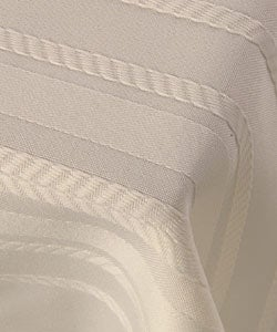 Carefree Elegance Tablecloth Set with Six Napkins - Thumbnail 2
