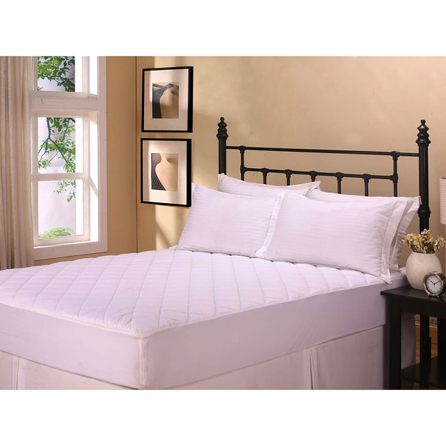 Protective 200 Thread Count Mattress Pad