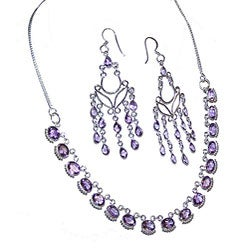 Minura Amethyst Necklace and Earring Set (India)