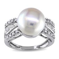 Miadora 14k White Gold 1/6 TDW Diamond Cultured Freshwater Pearl Ring (G-H, I1-I2)