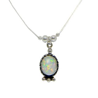 Handmade Oval Elegance White Opal Necklace (India)