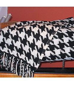 Thumbnail 1, Faribault Classic Houndstooth Decorative Wool Throw.