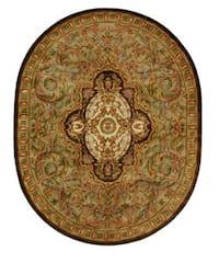 Safavieh Handmade Classic Royal Beige/ Olive Wool Rug (7'6 x 9'6 Oval)