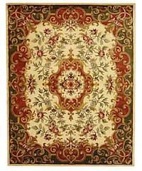 Safavieh Handmade Classic Juliette Ivory/ Green Wool Rug (9'6 x 13'6)