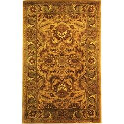 Safavieh Handmade Classic Mahal Ivory/ Red Wool Rug (6' x 9')