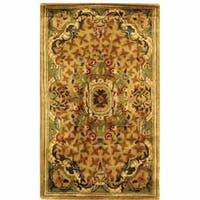 Safavieh Handmade Classic Empire Taupe/ Light Green Wool Rug - 3' x 5'