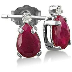 14k White Gold Ruby and Diamond Stud Earrings (J-K, I1)