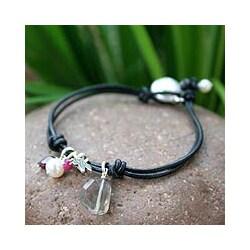 Handmade Leather 'Cool Thai' Pearl Bracelet (Thailand)