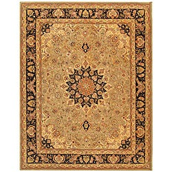 Safavieh Handmade Persian Court Sage/ Navy Wool and Silk Rug (7'6 x 9'6)