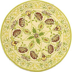 Safavieh Hand-hooked Bedford Ivory/ Green Wool Rug (3' Round)
