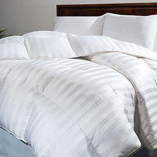 Hotel Grand Oversized 500 Thread Count Extra Warmth Siberian White Down Comforter|https://ak1.ostkcdn.com/images/products/P11575390k.jpg?_ostk_perf_=percv&impolicy=medium