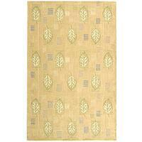 Safavieh Handmade Foliage Beige Wool Rug (3'9 x 5'9)