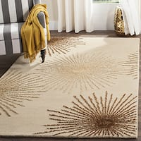 Safavieh Handmade Soho Burst Beige New Zealand Wool Rug - 6' x 6' Square