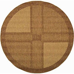 Safavieh Indoor/ Outdoor Lakeview Brown/ Natural Rug (6'7 Round)
