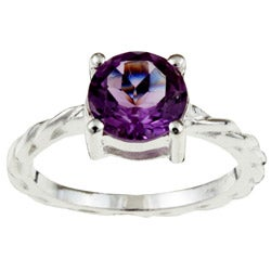Sterling Essentials Sterling Silver Amethyst Solitaire Ring (Size 7)