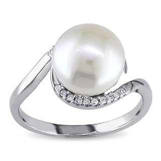 Miadora Sterling Silver 1/10ct TDW Diamond FW Pearl Ring (9-10 mm) (More options available)