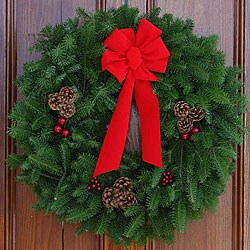 Fresh-Cut Classic Maine Balsam 30-inch Wreath