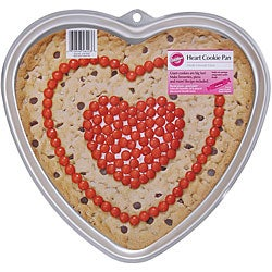Wilton Giant Cookie Heart-shaped Pan
