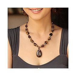 Pearl/ Tiger's Eye/ Smokey Quartz 'Golden Paradise' Necklace (Thailand) (5.5 mm)