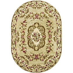 Safavieh Handmade Classic Ivory Wool Rug (4'6 x 6'6 Oval)