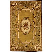 Safavieh Handmade Classic Light Gold/ Green Wool Rug - 8'3 x 11'