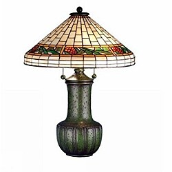 Bungalow Pine Cone Table Lamp
