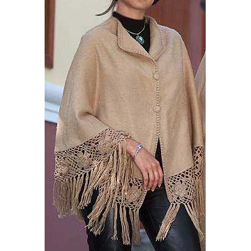 Hand Crocheted Flower of Peru Alpaca Wool Short Poncho (Peru)