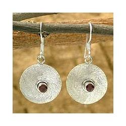Sterling Silver 'Intensity' Garnet Dangle Earrings (India)