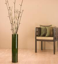 Green Bamboo/ Mantis 25-inch Cylinder Floor Vase