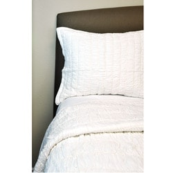 Ruched Ivory Twin-size Quilt