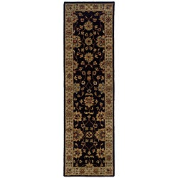 Hand-tufted Black Wool Area Rug (2'3 x 8')
