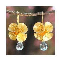 Handmade 24k Gold over silver 'Spring Lilies' Blue Topaz Flower Earrings (Thailand)