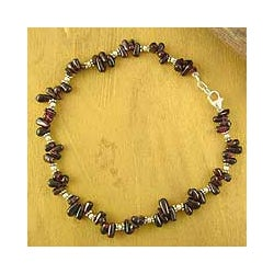 Sterling Silver 'Jaipur Obsession' Garnet Anklet (India)