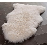 Safavieh Prairie Natural Pelt Sheepskin Wool White Shag Rug - 2' x 3'