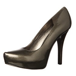 CARLOS by Carlos Santana Women's 'Platonic' Silver Pumps