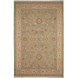 Hand-knotted Green/ Ivory Wool Rug (9' x 12')