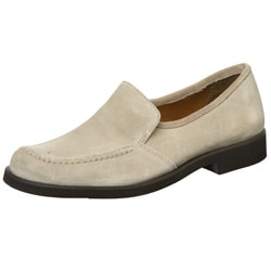 reloj 4fcfb 2452d Hush Puppies Women's 'Heirloom' Taupe Suede Slip-ons | Overstock.com  Shopping - The Best Deals on Slip-ons