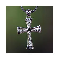 Sterling Silver Men's 'Keeping The Faith' Onyx Necklace (Indonesia)